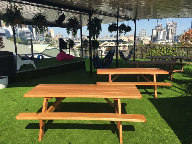 Outdoor furniture at Brisbane City YHA